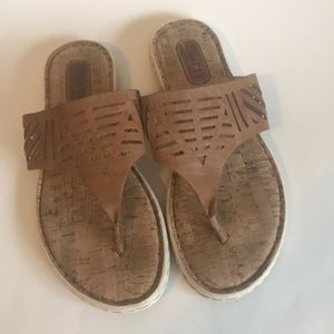 Born Eliora Leather Sandal/Flip Flop